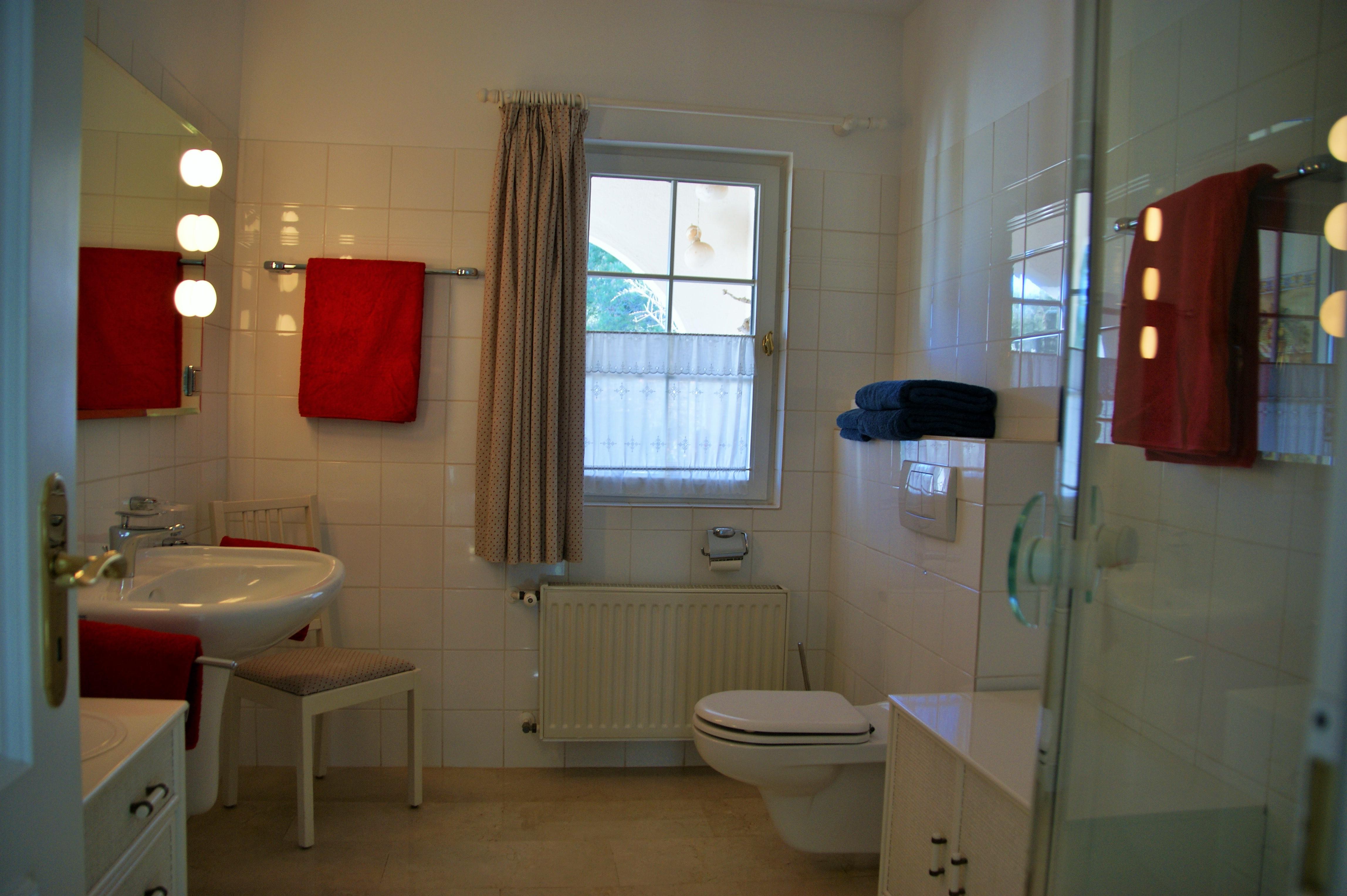 Bad 1 / Bathroom 1
